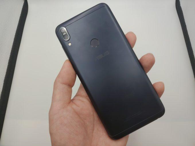ZenFone Max Pro M1 外観