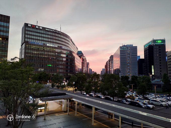 ASUS Zenfone 6 博多駅写真